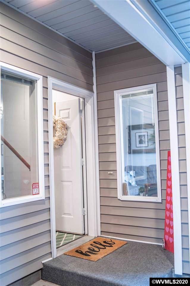 1454 Madelyn Av SE, Salem, OR 97306 (MLS #759793) :: Gregory Home Team