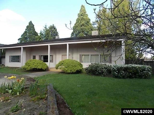 220 37th Av NE, Salem, OR 97301 (MLS #765765) :: Gregory Home Team