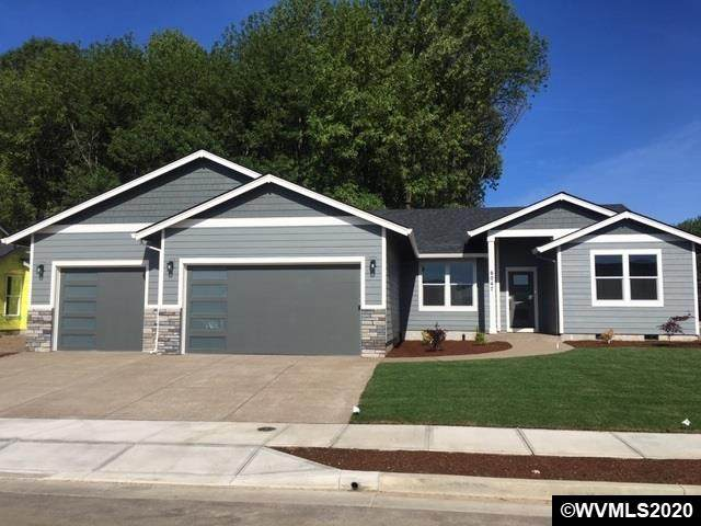 349 NE Pine St, Sublimity, OR 97385 (MLS #770202) :: Song Real Estate