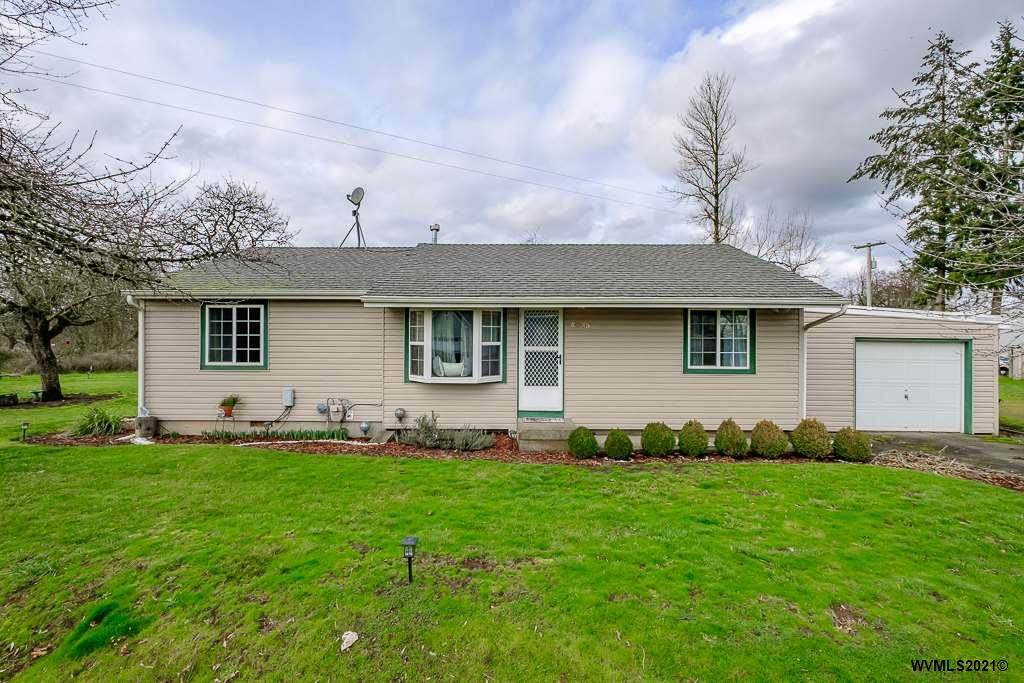 4535 Knox Butte Rd - Photo 1
