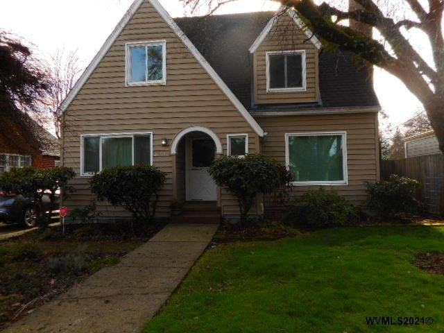 2150 Center St NE, Salem, OR 97301 (MLS #773414) :: The Beem Team LLC