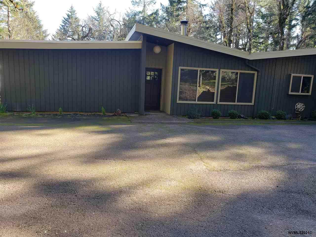 6050 Rosewood Dr - Photo 1