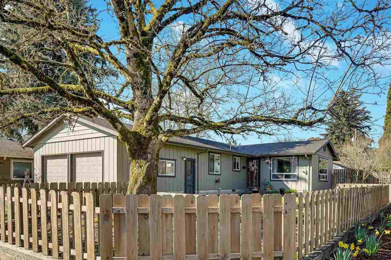 1310 Lawnridge St - Photo 1