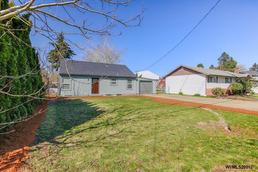 2045 Brown Rd - Photo 1