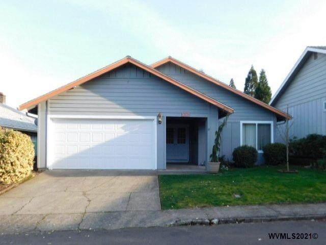 3017 Oakcrest Dr NW, Salem, OR 97304 (MLS #775685) :: Song Real Estate