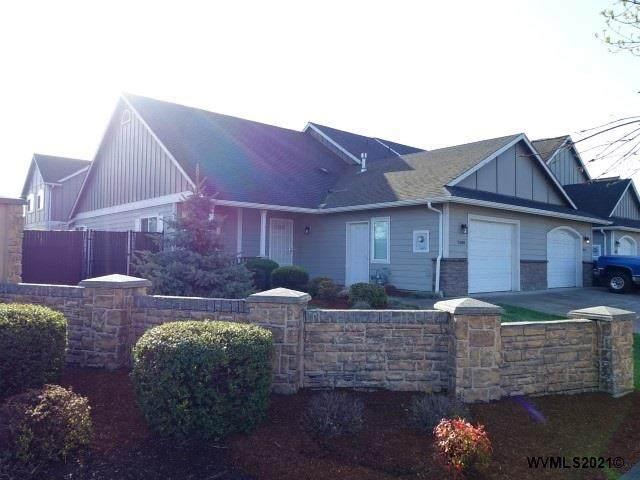 2698 Brooks Av NE, Salem, OR 97301 (MLS #775839) :: Song Real Estate