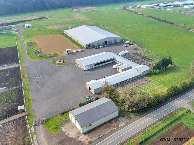 25200 Butteville Rd NE, Aurora, OR 97002 (MLS #776539) :: Sue Long Realty Group