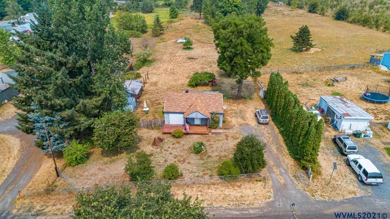 26670 Rowell Hill Rd - Photo 1