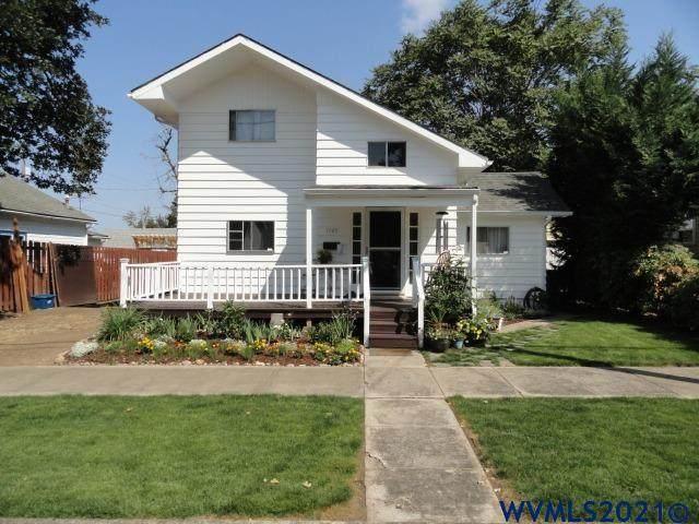 1745 Lee St SE, Salem, OR 97302 (MLS #782366) :: Oregon Farm & Home Brokers