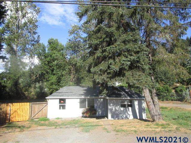 6912 Liberty Rd S, Salem, OR 97306 (MLS #782951) :: Song Real Estate
