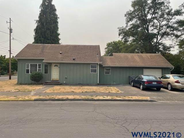 2704 NW Lincoln Av, Corvallis, OR 97330 (MLS #783312) :: Coho Realty