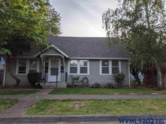 771 21st SE, Salem, OR 97301 (MLS #784238) :: Song Real Estate