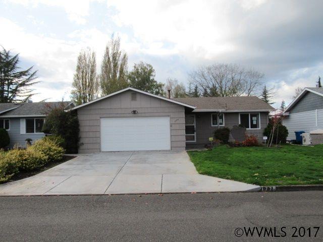 1779 Vanderbeck Ln, Woodburn, OR 97071 (MLS #726251) :: HomeSmart Realty Group
