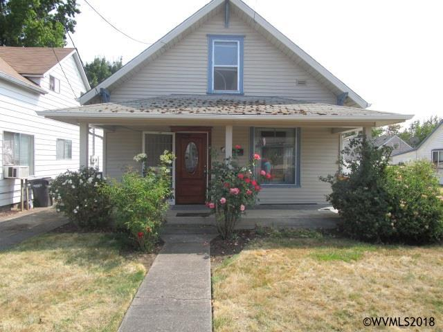 165 Warren St S, Monmouth, OR 97361 (MLS #738261) :: HomeSmart Realty Group