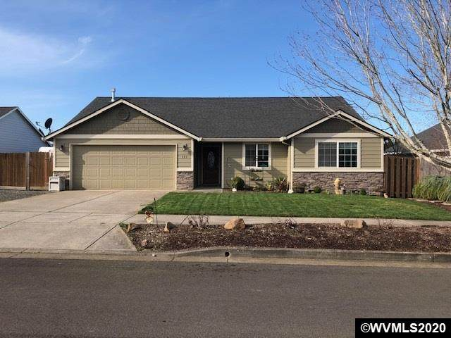 445 Lavender St, Silverton, OR 97381 (MLS #760324) :: Sue Long Realty Group