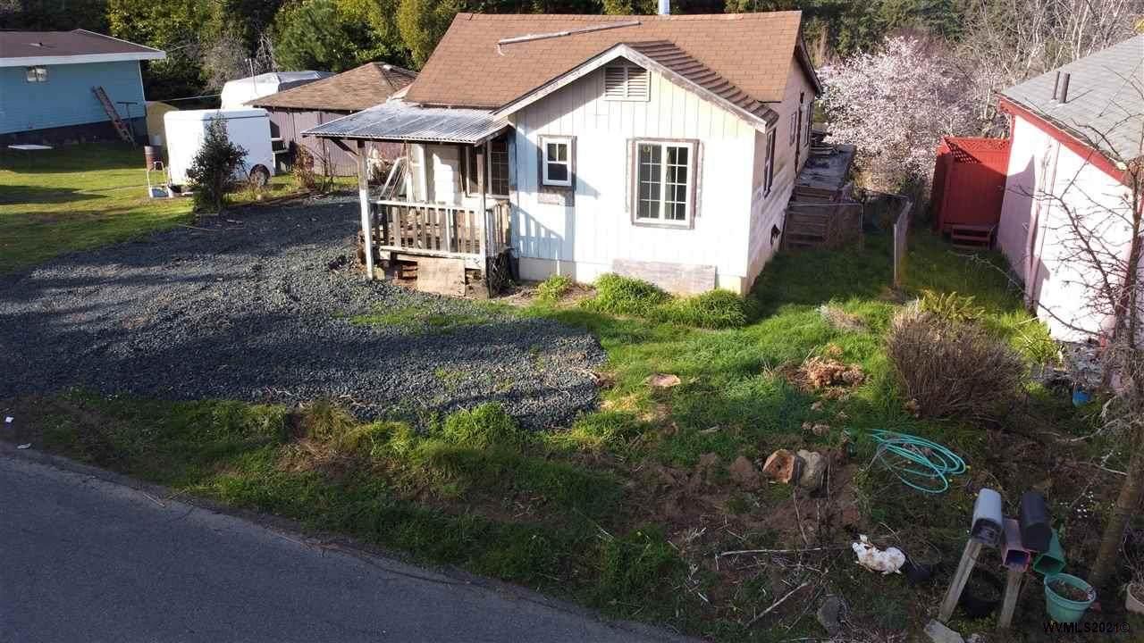 1168 California Av - Photo 1