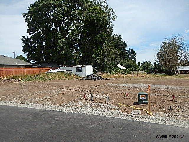 1550 Chemawa N, Keizer, OR 97303 (MLS #775624) :: Sue Long Realty Group