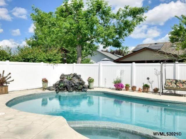 4293 Rogets Ct NE, Salem, OR 97301 (MLS #778034) :: Song Real Estate