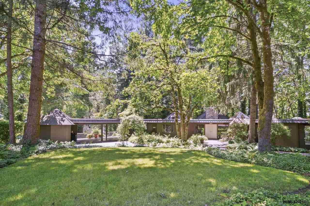 3187 Pigeon Hollow Rd - Photo 1