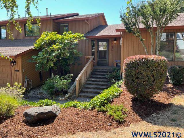 9740 SW Pembrook St, Tigard, OR 97224 (MLS #782806) :: Sue Long Realty Group