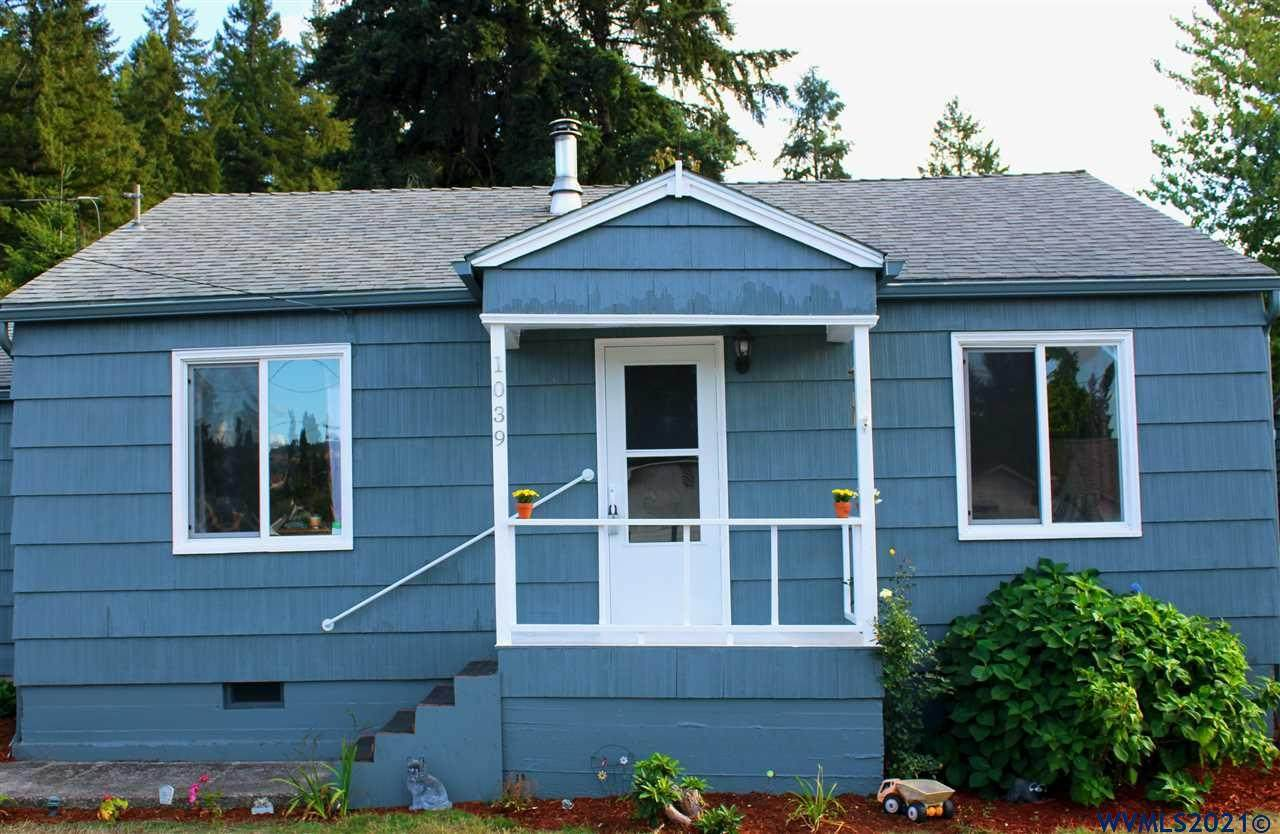 1039 Cedar St - Photo 1