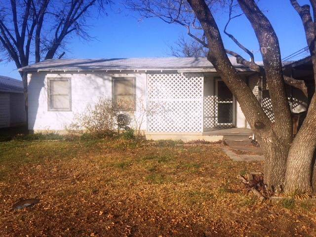 215 N Marie St, San Angelo, TX 76905 (MLS #99810) :: Maegan Brest | Keller Williams Realty