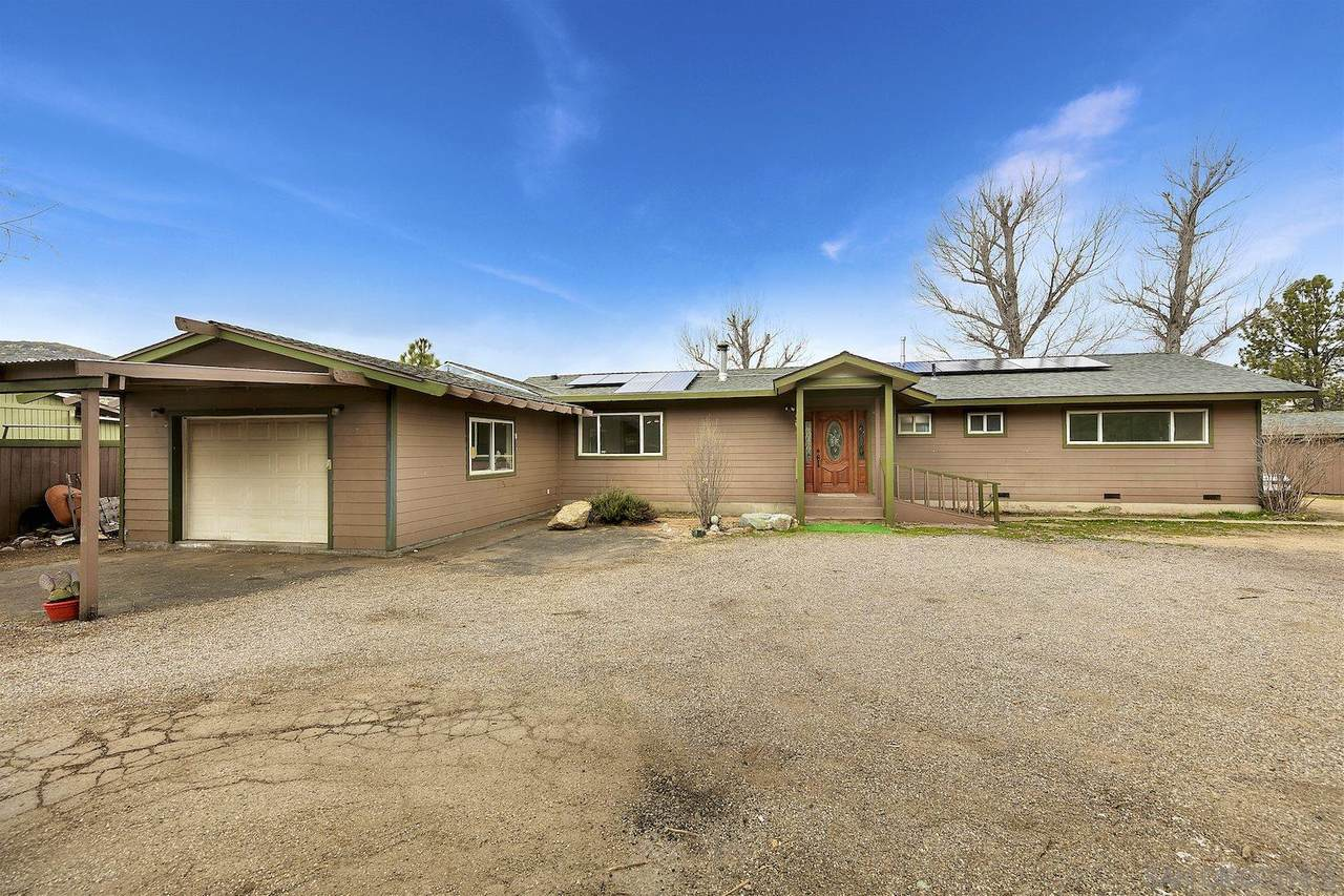 8340 Valley View Trl - Photo 1