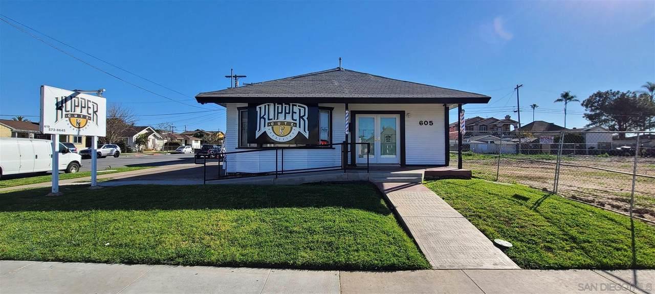 605 Highland Ave - Photo 1