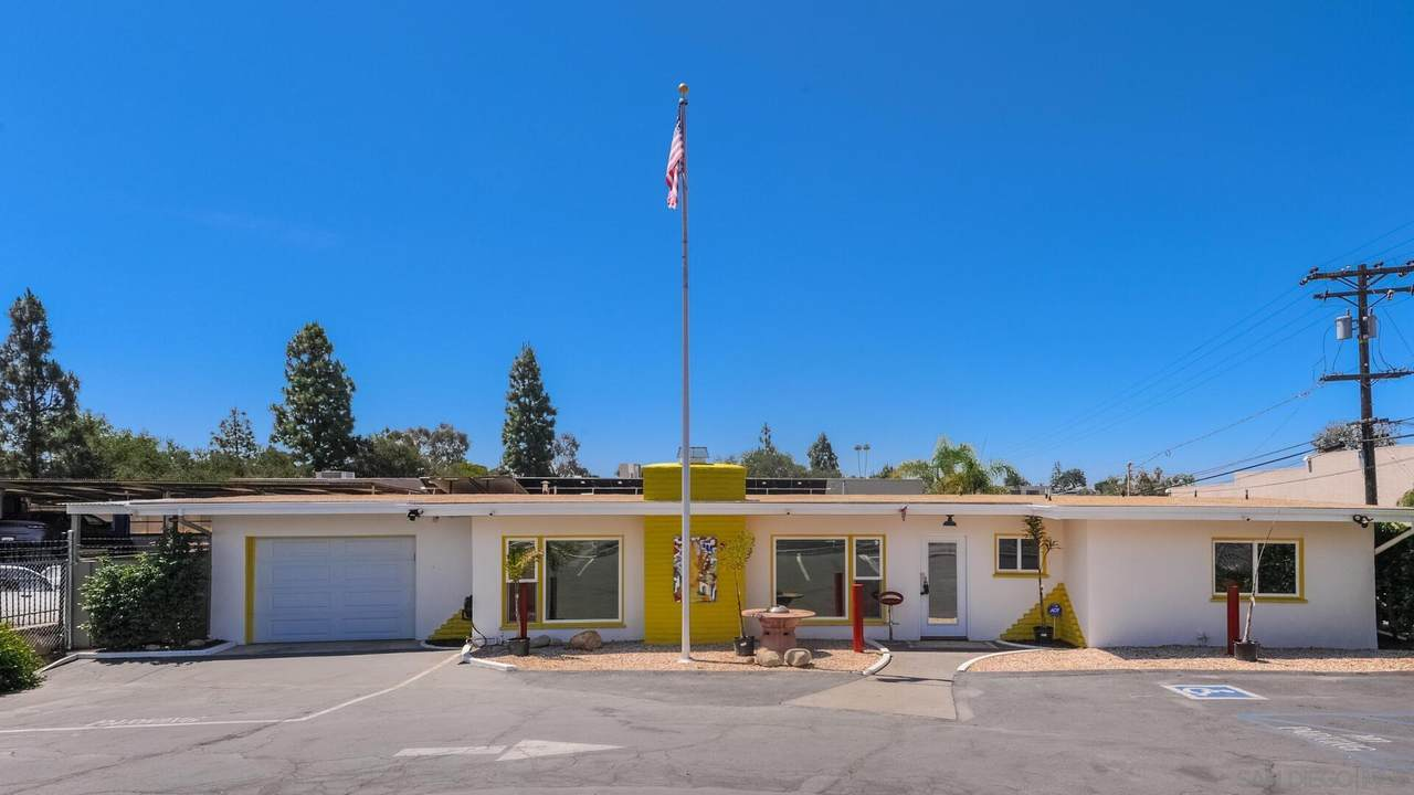 1211 Mission Rd - Photo 1