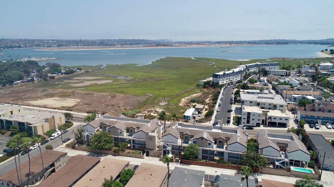 2050 Pacific Beach Dr - Photo 1