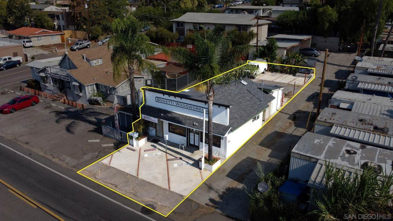 216 Mission Rd - Photo 1