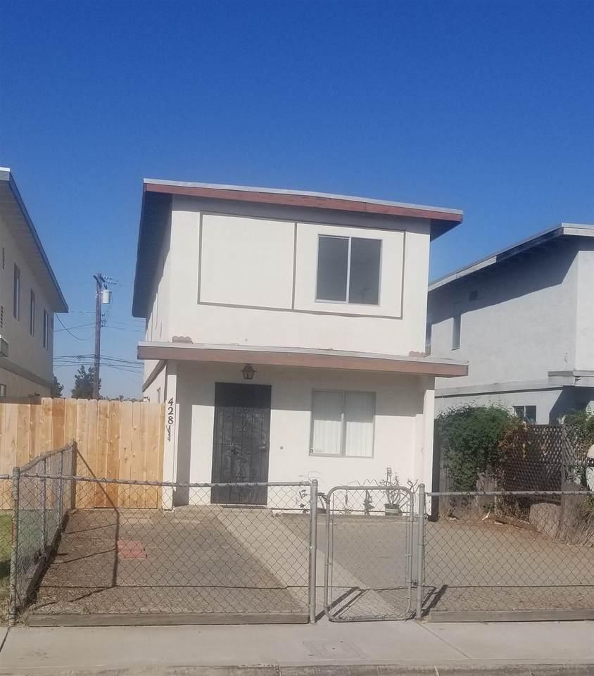 428 Sacramento Ave - Photo 1