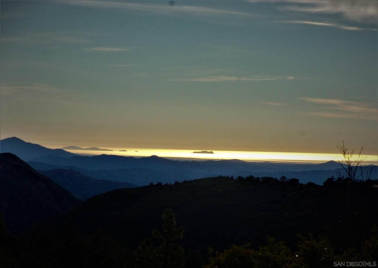 4824 Pine Ridge Way - Photo 1