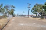 1180 Walnut Ave - Photo 18