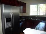 523 Graves Ave - Photo 2