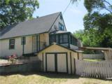 449 Johnson Street - Photo 2