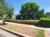 2805 Roswell Street - Photo 3