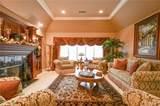 6925 Royal Hunt Ridge Drive - Photo 5