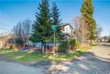 15724 Young Street - Photo 2