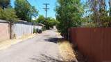 218 11Th Ave - Photo 21