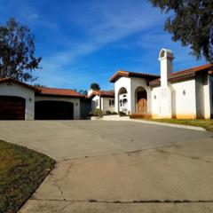 3042 El Ku Ave, Escondido, CA 92025 (#170010892) :: The Marelly Group | Realty One Group