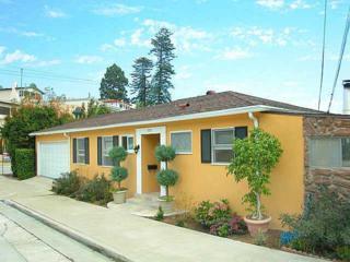 3975 Henry St, San Diego, CA 92103 (#170015264) :: Pickford Realty LTD, DBA Coldwell Banker Residential Brokerage