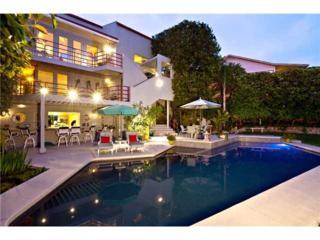 3702 Clark St, Mission Hills, CA 92110 (#170020359) :: California Real Estate Direct