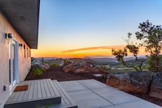 27686 Cool Water Ranch Road, Valley Center, CA 92082 (#170026780) :: Pacific Sotheby's International Realty