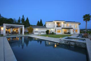 3325 Jasmine Crest, Encinitas, CA 92024 (#170015248) :: Pickford Realty LTD, DBA Coldwell Banker Residential Brokerage