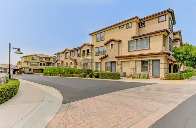 1907 Montilla St., Santee, CA 92071 (#200042438) :: SunLux Real Estate