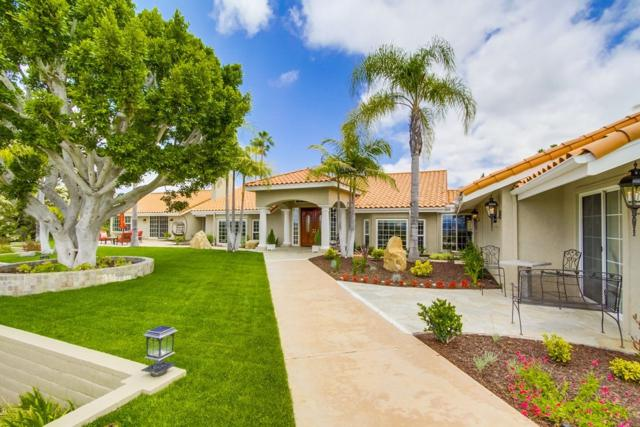17555 Corte Lomas Verdes, Poway, CA 92064 (#170027858) :: The Marelly Group | Realty One Group