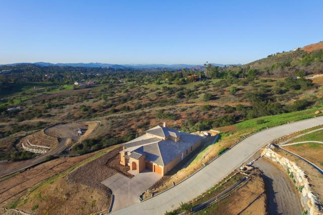 14562 Highcrest Court, Poway, CA 92064 (#170029735) :: Coldwell Banker Residential Brokerage
