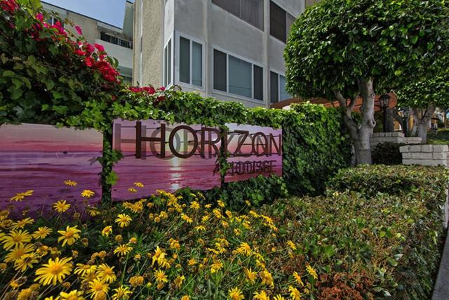 1907 Robinson Ave #102, San Diego, CA 92104 (#170032382) :: The Yarbrough Group