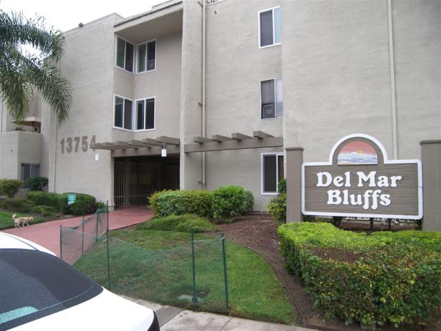 13754 Mango Drive #223, Del Mar, CA 92014 (#170032544) :: Neuman & Neuman Real Estate Inc.
